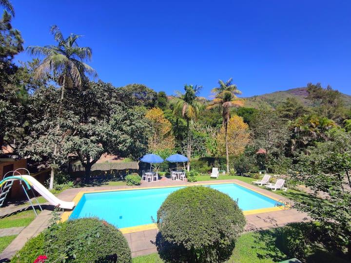 Relax Terê Mountain House - Infra total na Serra.