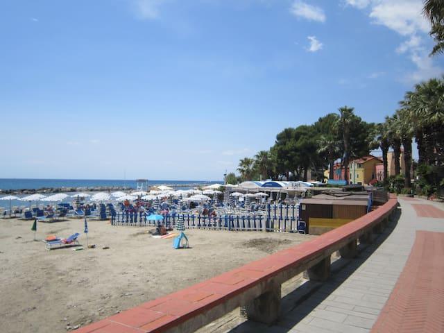la tua casa al mare ponente ligure  - Santo Stefano Al Mare - Huoneisto