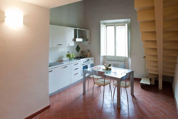 Apartment 3° floor. Firenze Centro