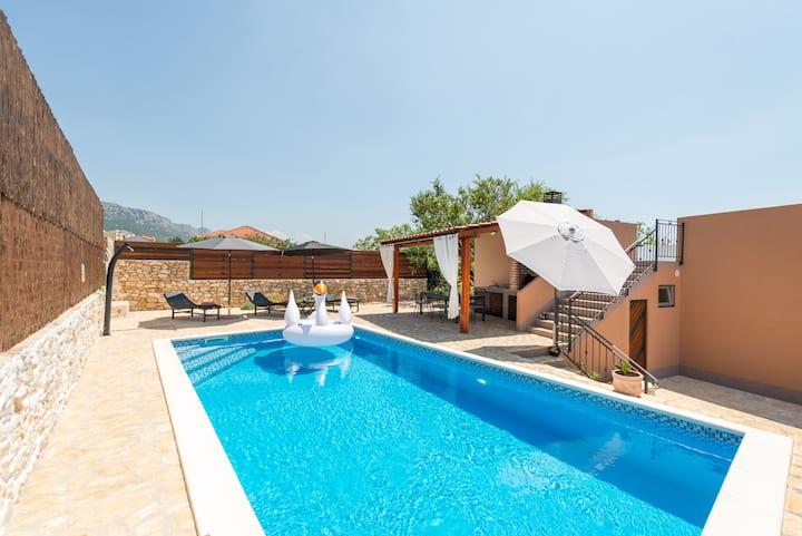 Holiday home Tonka near Split