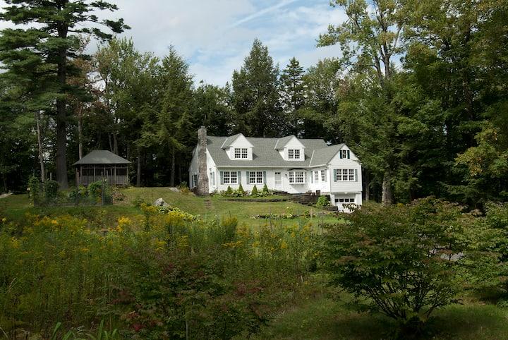 NYE 20/21 onwards-House w/ skiing, fireplace, pond