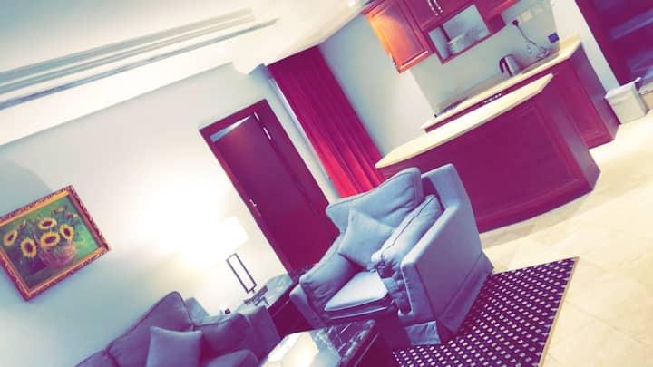 ثلاثة و ستون أجنحة فندقية Sixty Three Hotel Suites