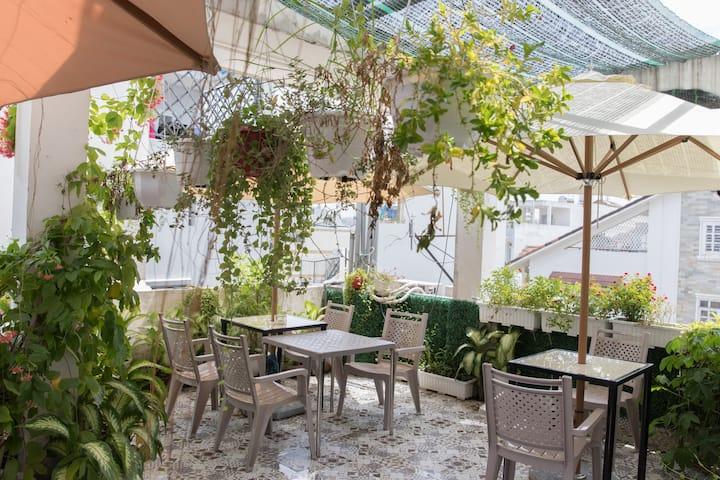Modern & Spacious Room near Gia Định Hospital