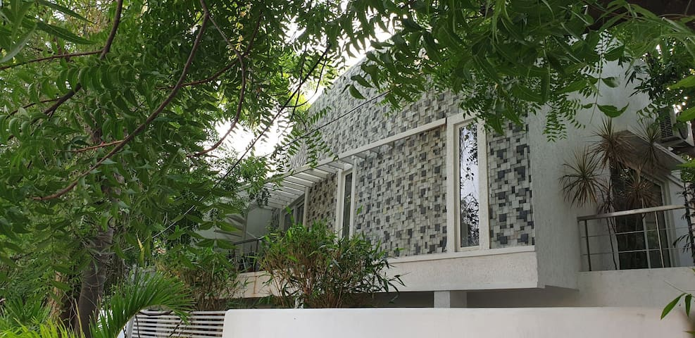 Facade of the property