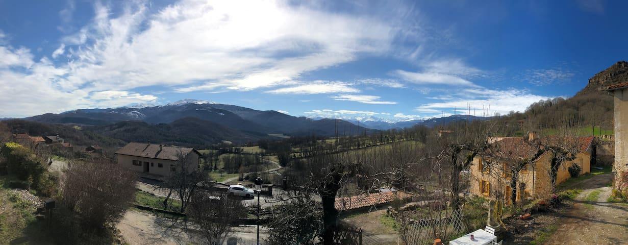 Loue chambres à Caraybat au pied des Pyrenées