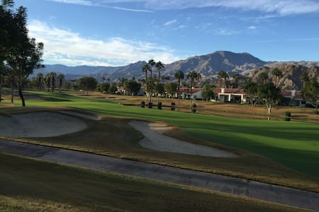 Great Mountain and Lake Views / PGA West