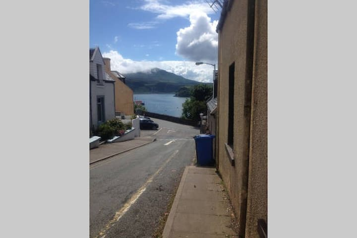 Self catering house Central Portree