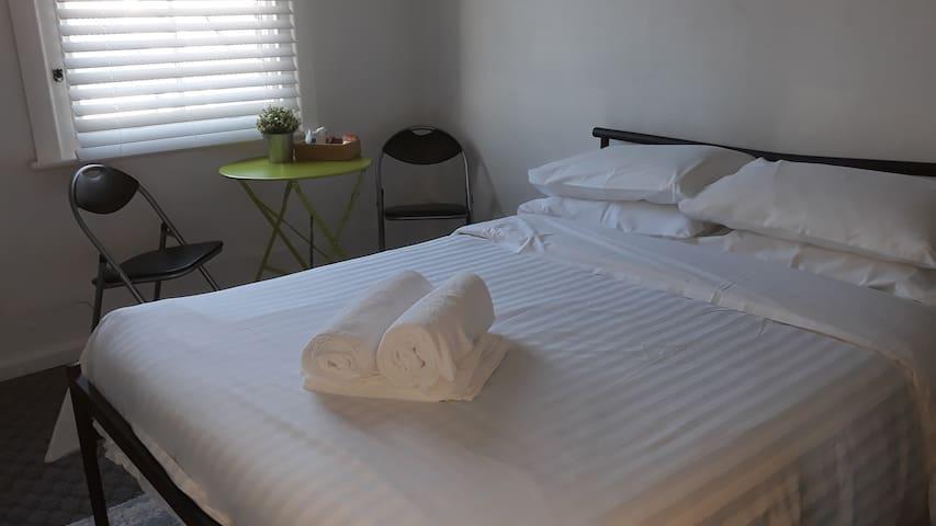 Hotel Rex Room 6