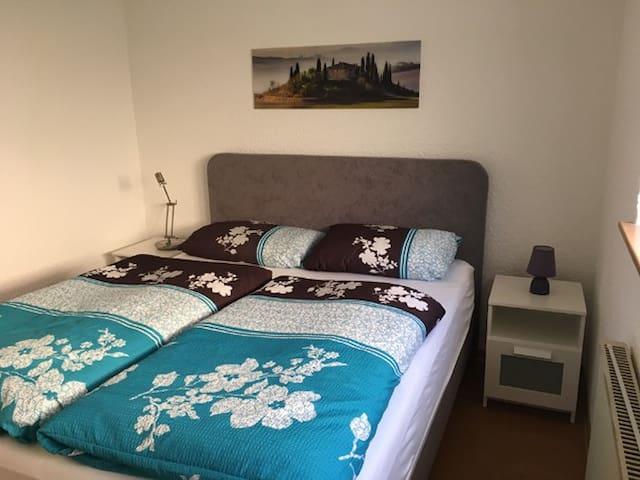 Schlafzimmer mit Boxspring Bett