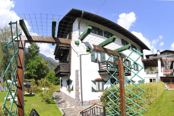 Villa Marchesoni Primo Piano, App. Brandstetter - Transacqua - Apartment