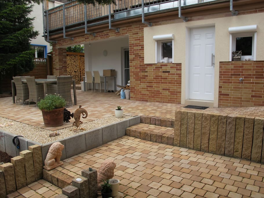 Terrase + Gartenbereich - Big Terrace and yard included