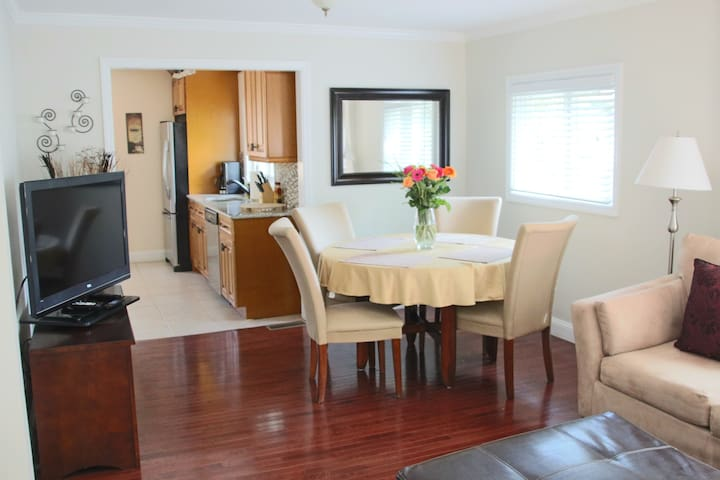 Charming and immaculate 3 br duplex
