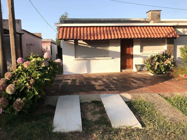 Acogedora Casa Perico en la Aguada