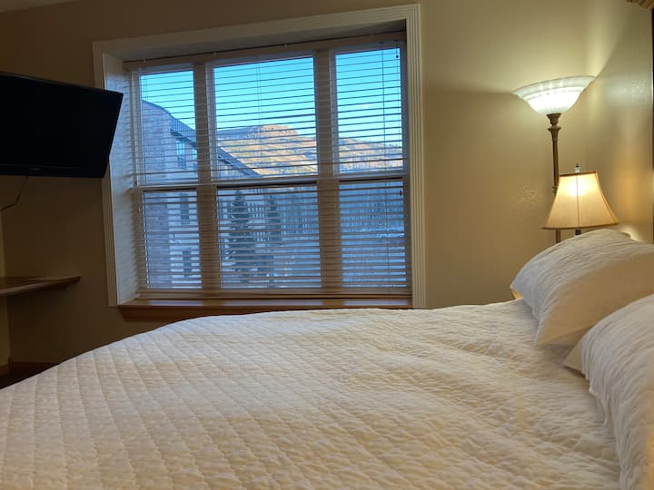 Renovated Cedar Breaks Lodge one-bedroom suite