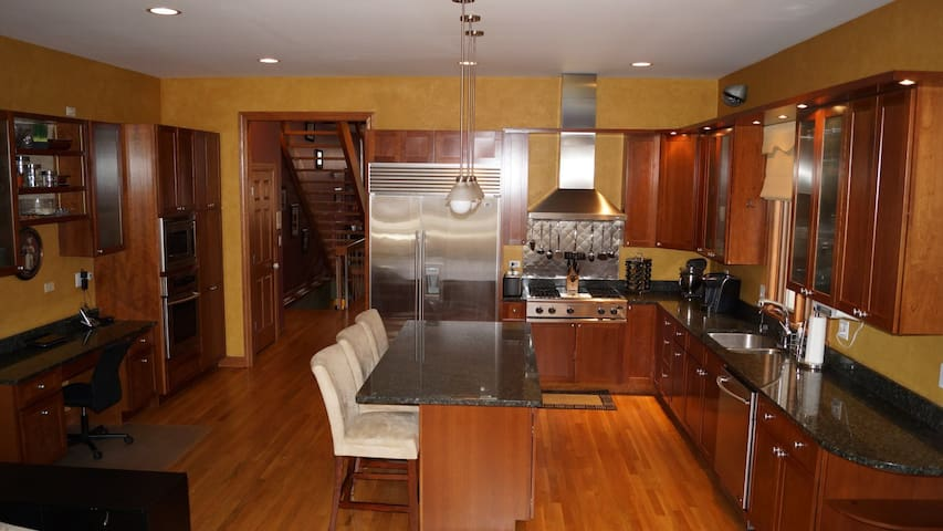 Interactive 3D Floor Plan Website - http://perfectview3d.com/3d-model/2630-ashland/