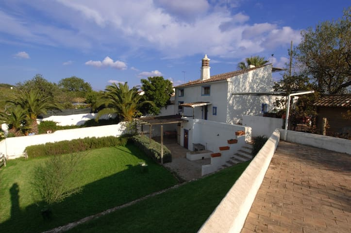 Relax in the countryside with a private pool - Silves - House