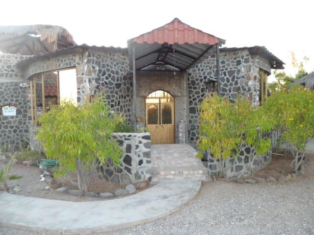 The Amazing Unique Shell Castle  - San Carlos - Casa