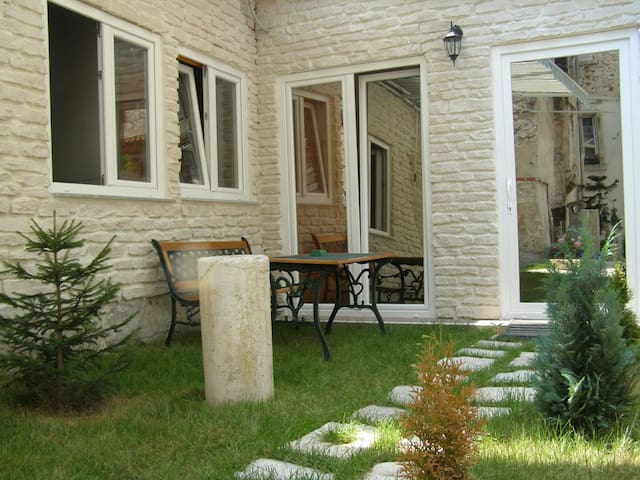 Sweet apartment in a old town - Zadar - Departamento