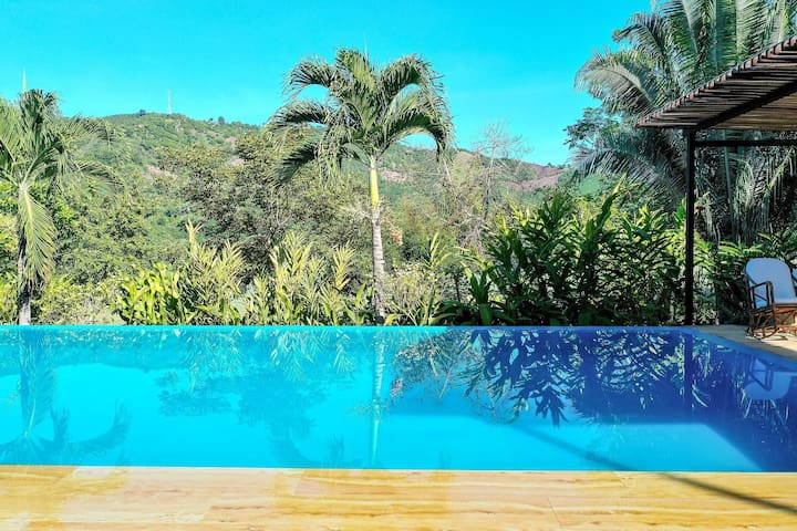 Anp001-Exclusive villa with large pool in Anapoima