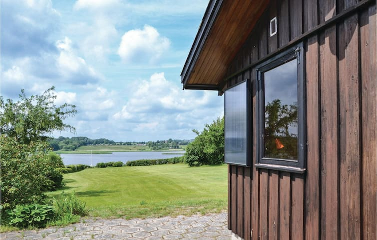 Holiday cottage with 2 bedrooms on 65m² in Roskilde