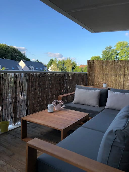 Grande terrasse avec plancha