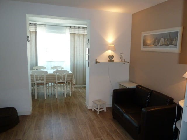 Charming flat for 4 close to the beach