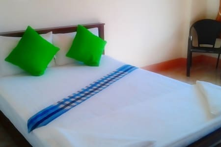 BanPunmanus*bed/private bath & wifi - Pak Nam - Daire