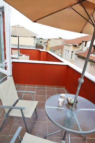 Sultanahmet-Studio Apt w/ Balcony B
