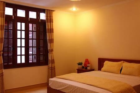 Hanoi Homestay, Chezlinhlinh House - Ngọc Hà - Bed & Breakfast