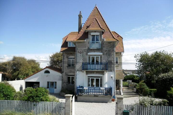 """B&B Villa Anémone """"les Oyats"""""""