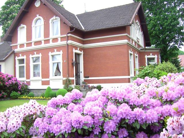 BnB in a beautiful house near City - Oldenburg - Villa