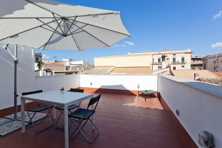 Attic Bellini with relaxing balcony