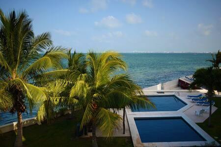 Sanitized - Oceanfront full house - La Casa 5