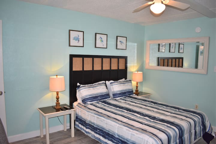 Beachview #221 **Across from THE HANGOUT**