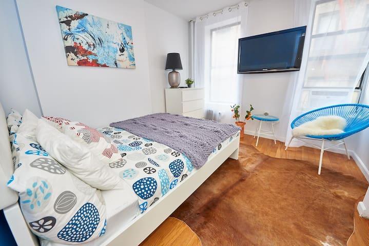SOHO Nice 2 Bedroom Apartment