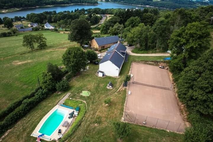 Le Toit du Lac - Cottage avec piscine et tennis