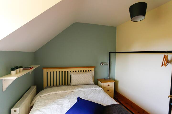 Cosy and Warm Double-Room in West Cork