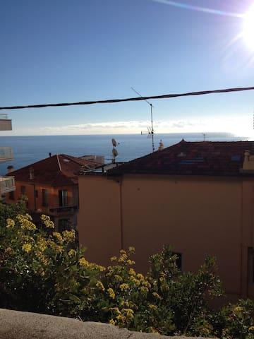 Casa con terrazza a 700mt Monaco. - Beausoleil - Talo
