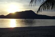 Glorious sunrise over Koh Koram (Monkey Island)