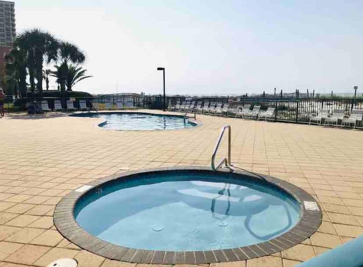 Gulf Front 3BD/3BA Corner Unit - The Views! (1806)