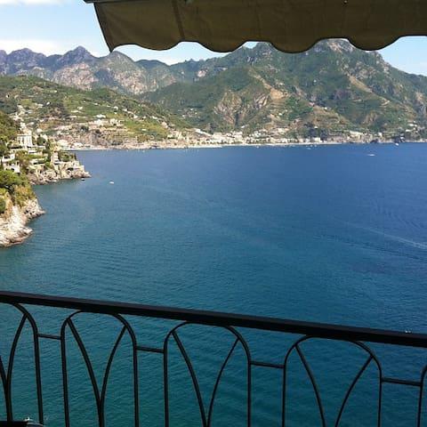 The Window - Amalfi (Castiglione)