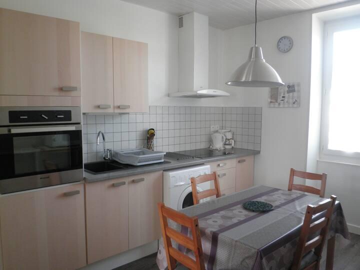 Nice apartment 3 bedrooms & garden