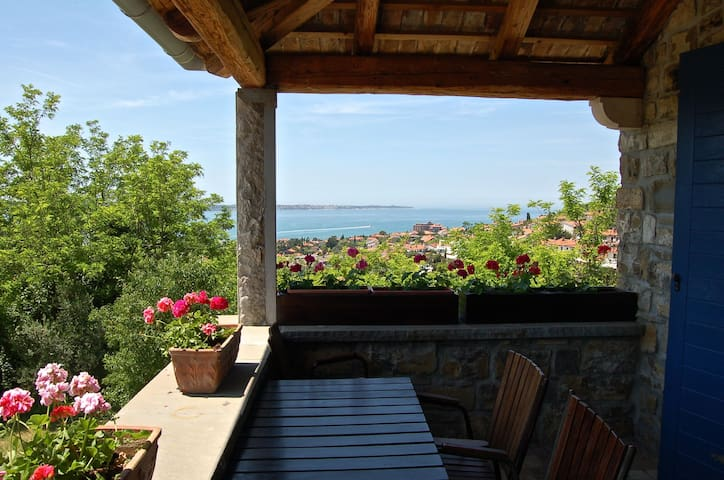 Portoroz-ISTRIAN HOUSE-Sea view &Terrace &Parking - Portoroz - Dům