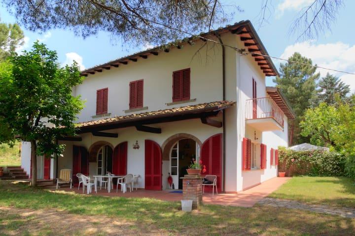 AREZZO, RED WINDOWS HOUSE, TOSCANY - Arezzo - Villa