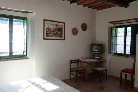 Casa Meo- B&B in Tuscany - Pagliericcio - Szoba reggelivel