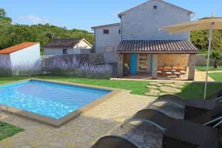 Villa Sasso - Rajki