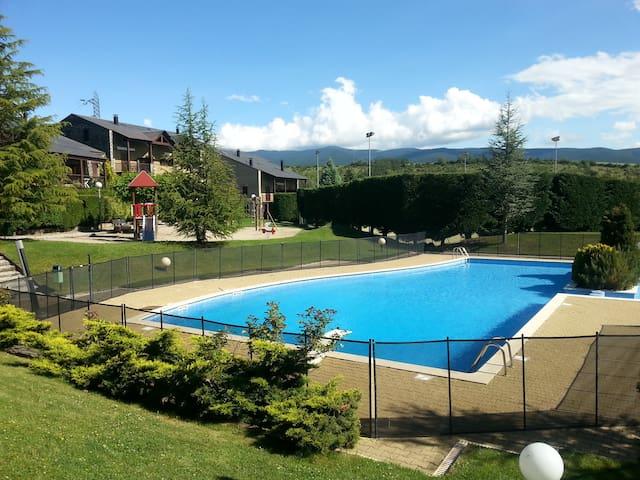 FANTÁSTICO DUPLEX EN LA CERDAÑA - Bourg-Madame - อพาร์ทเมนท์
