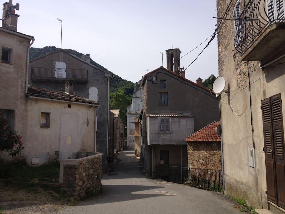 Rue où se trouve la maison