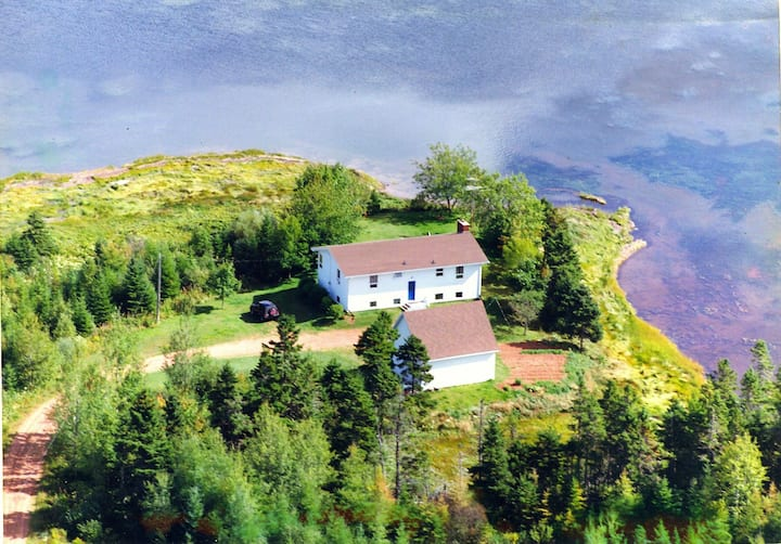 Duncan's House on Fortune peninsula