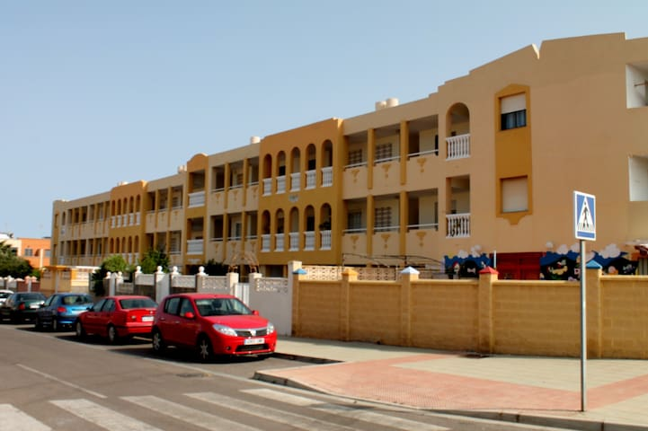 Apartment with two bedrooms - Almería - Flat